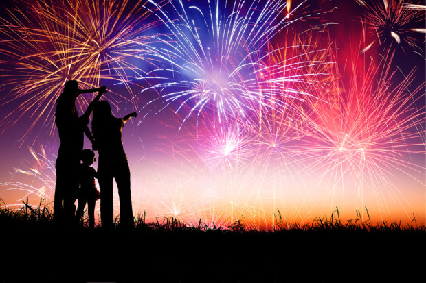 Fireworks_Safety_Month_Fourth_July_HealthComU