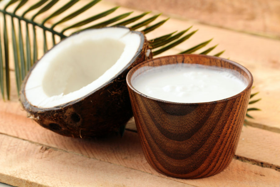 Coconut-Milk-Smoothie-Hair-Benefits-Loss-Oil