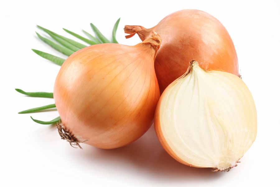 Onion-Juice-Hair-Remedy-Loss-Benefits-Home