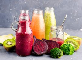 Smoothies-Easy-Health-Nutrition-Juicing-Blending-Protein-Fiber-Fat