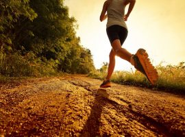 Running-Outside-vs.-Running-on-a-Treadmill-Exercise-Wellness-Health